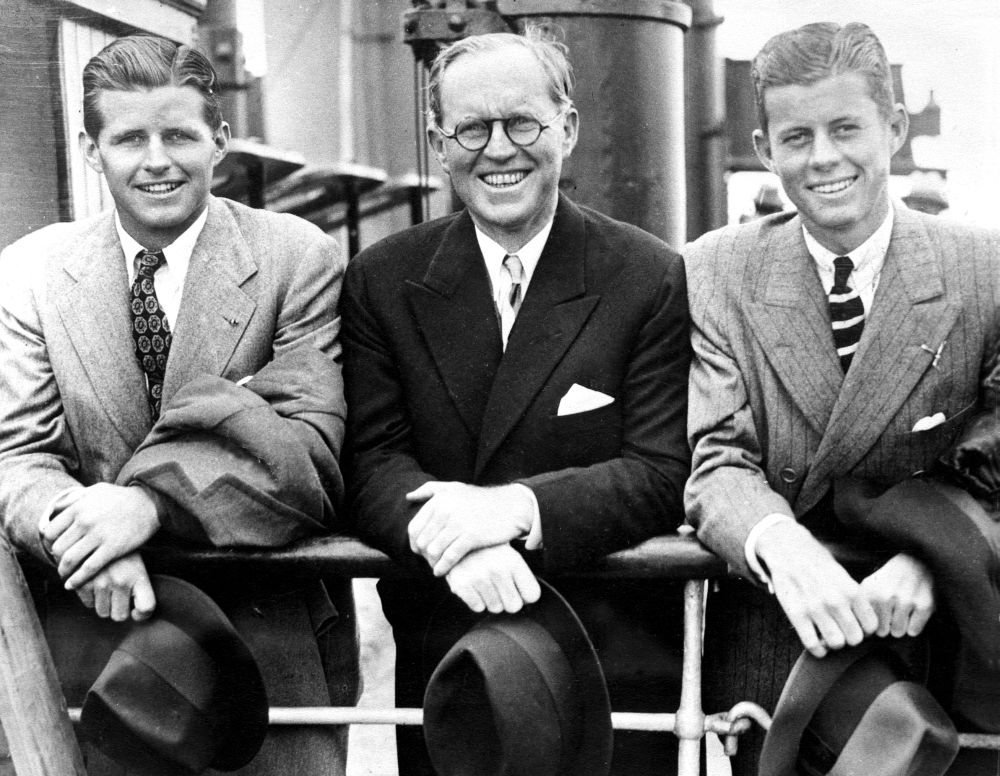 the rise of john f kennedy to power and his influence in america The power of the bully pulpit president john f kennedy gave two major speeches: the first on nuclear arms and america's relationship with the soviet union.