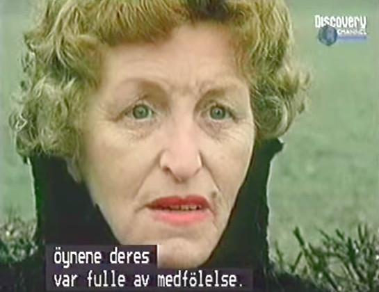 nordic-alien-jessie-roestenberg-stafford-no-scarf